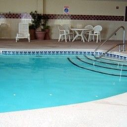 Pool TN  Chattanooga I-24 West Country Inn & Suites By Carlson Fotos