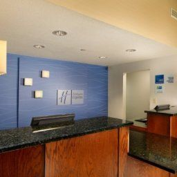 Halle Holiday Inn Express Hotel & Suites MANASSAS Fotos