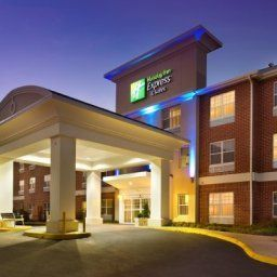 Außenansicht Holiday Inn Express Hotel & Suites MANASSAS Fotos