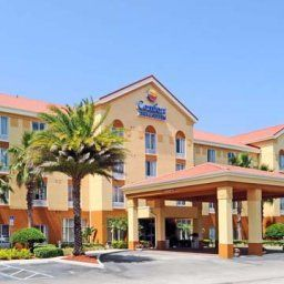 Фасад Comfort Inn & Suites Sanford Fotos
