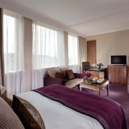 Room Crowne Plaza LONDON - EALING Fotos