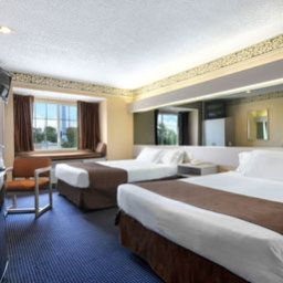 Room Microtel Inn and Suites by Wyndham Houston Fotos