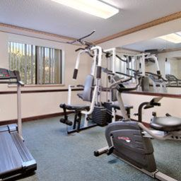 Wellness/fitness Super 8 Homewood Birmingham Area Fotos