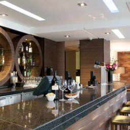 Bar DoubleTree by Hilton London Victoria Fotos