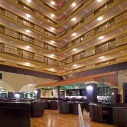 Bar Crowne Plaza Suites HOUSTON - NEAR SUGAR LAND Fotos