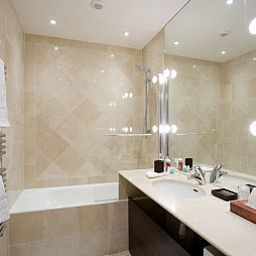 Bathroom BridgeStreet Champs Elysees Serviced Apartments Fotos