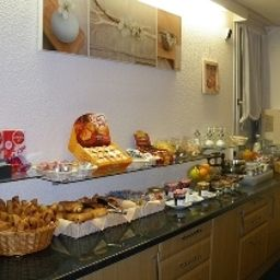 Buffet Come-Inn Fotos