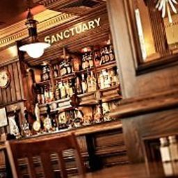 Bar Sanctuary House Fotos