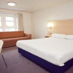 Zimmer TRAVELODGE LONDON ROMFORD Fotos