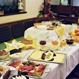 Buffet Milseburg Fotos