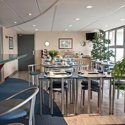 Breakfast room within restaurant Appart City Lille Euralille Residence Hoteliere Fotos