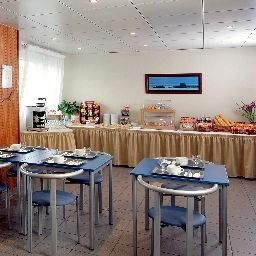 Breakfast room Appart City Rennes Saint Gregoire Residence Hoteliere Fotos