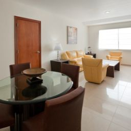 Suite Holiday Inn Express PLAYA DEL CARMEN Fotos