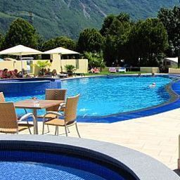 Pool Schlosshof Resort Hotel & Camping Fotos