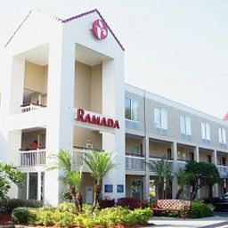 Exterior view Ramada Convention Center I-Drive Orlando Fotos