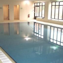 Pool De Vere Venues Latimer Place Fotos