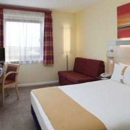 Chambre Holiday Inn Express LONDON - NEWBURY PARK Fotos