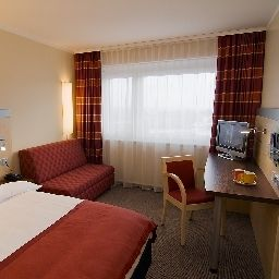 Room Holiday Inn Express STUTTGART AIRPORT Fotos