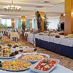 Breakfast room within restaurant Palace Fotos