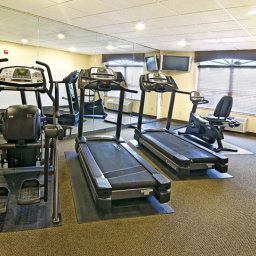 Sala spa/fitness VA  Woodbridge Country Inn & Suites By Carlson Fotos