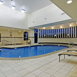 Pool VA  Woodbridge Country Inn & Suites By Carlson Fotos