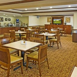 Restauracja VA  Woodbridge Country Inn & Suites By Carlson Fotos