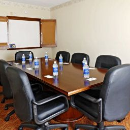 Conference room VA  Woodbridge Country Inn & Suites By Carlson Fotos