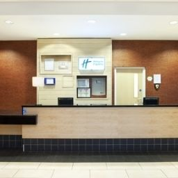 Hall JCT.1 Holiday Inn Express ANTRIM - M2 Fotos