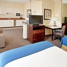 Suite Holiday Inn Express Hotel & Suites NAMPA Fotos