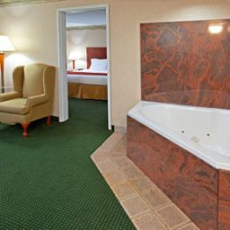 Suite Holiday Inn Express WOODBRIDGE Fotos