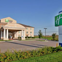 Außenansicht Holiday Inn Express Hotel & Suites WICHITA AIRPORT Fotos