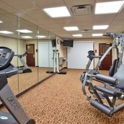 Тренажерный зал/Фитнес Holiday Inn Express Hotel & Suites MACON-WEST Fotos