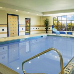Pool Staybridge Suites OAKVILLE-BURLINGTON Fotos