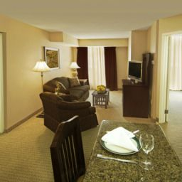 Suite Staybridge Suites OAKVILLE-BURLINGTON Fotos