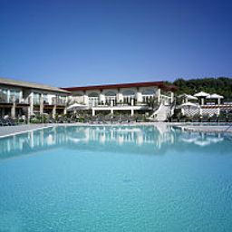 Pool Lake Garda Resort Fotos