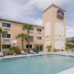 Pool BEST WESTERN Bonita Springs Hotel & Suites Fotos