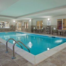 Pool Holiday Inn Express Hotel & Suites DAYTON SOUTH FRANKLIN Fotos