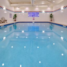 Pool Candlewood Suites BISMARCK Fotos
