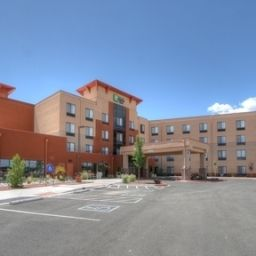 Außenansicht Holiday Inn Express Hotel & Suites ALBUQUERQUE HISTORIC OLD TOWN Fotos
