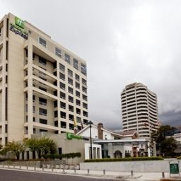 Vista exterior Holiday Inn Express QUITO Fotos