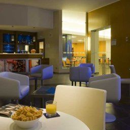 Bar Holiday Inn Express MILAN - MALPENSA AIRPORT Fotos