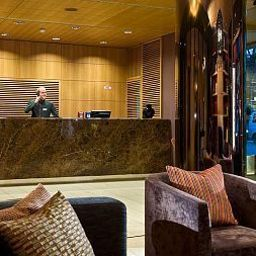 Reception Adina Apartment Hotel Hauptbahnhof Fotos