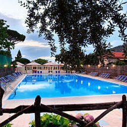 Pool Costa Alta Villaggio Turistico Fotos