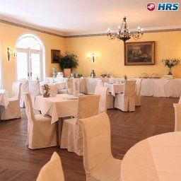 Breakfast room within restaurant Schlosswirt zu Anif Fotos