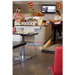 Breakfast room within restaurant ibis Lausanne Centre Fotos