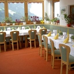 Breakfast room within restaurant Alpengasthaus Pinzgerhof Gasthof Fotos