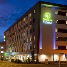 Exterior view Holiday Inn Express BREMEN AIRPORT Fotos