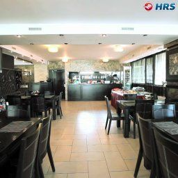Breakfast room within restaurant Avis Fotos