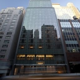 Exterior view West 57th Street by Hilton Club Fotos