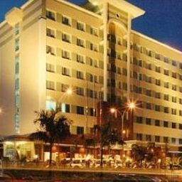 Exterior view Swiss-Inn Batam Fotos
